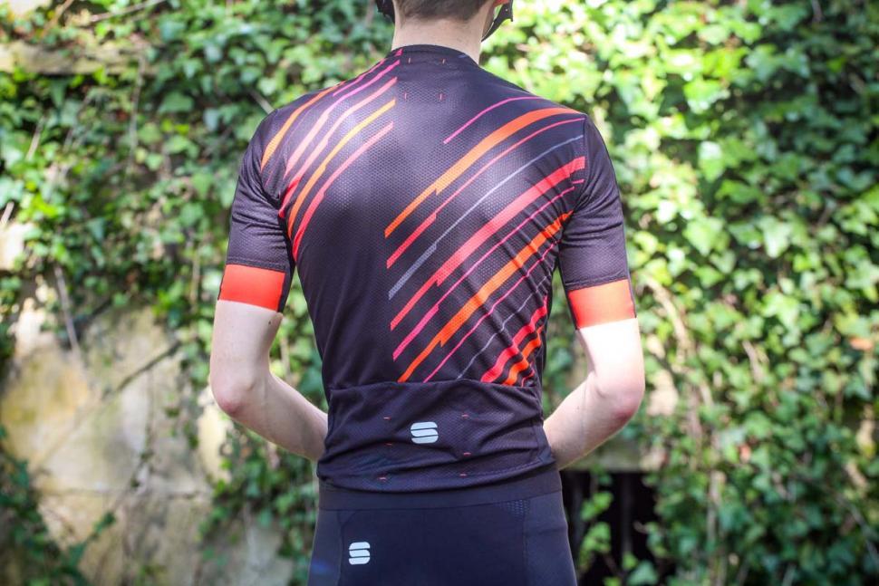 sportful_rd_celsius_jersey_-_back.jpg