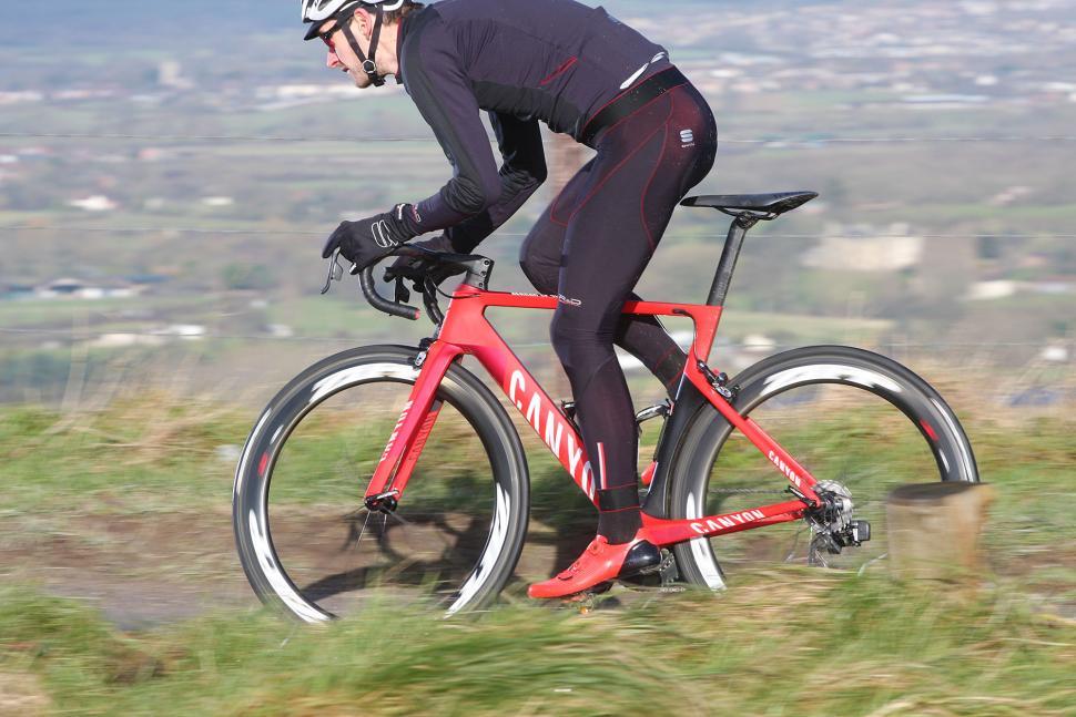 SRAM Red eTap - riding 3.jpg