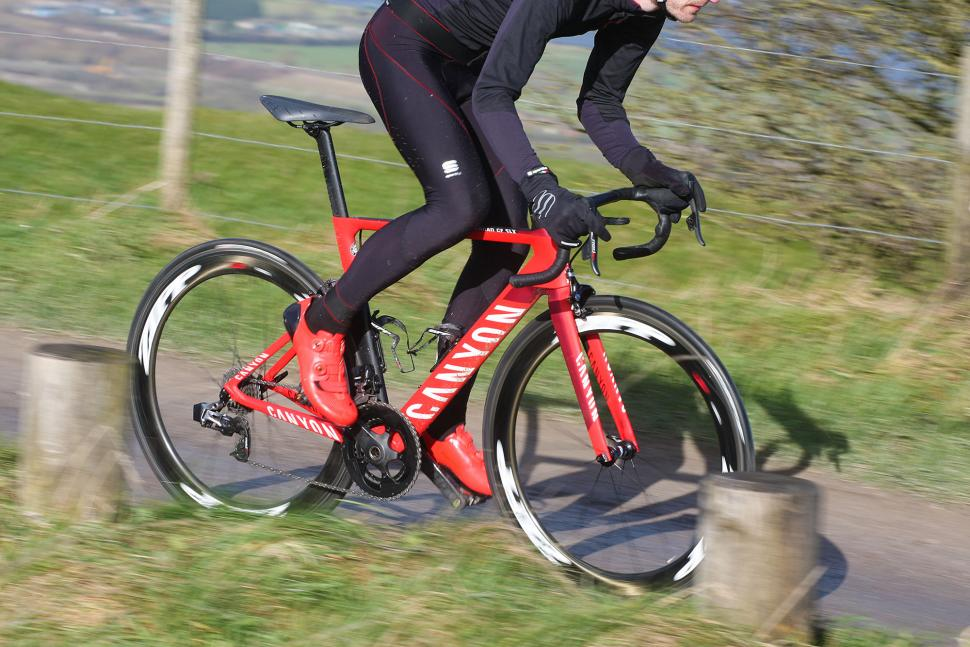SRAM Red eTap - riding 4.jpg