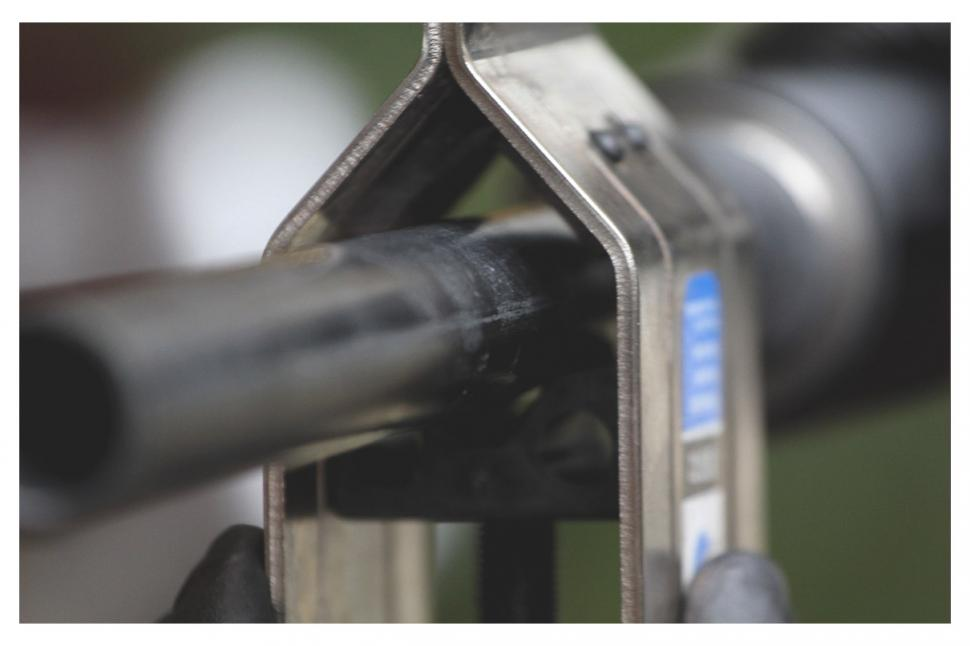 Steerer in clamp.jpg