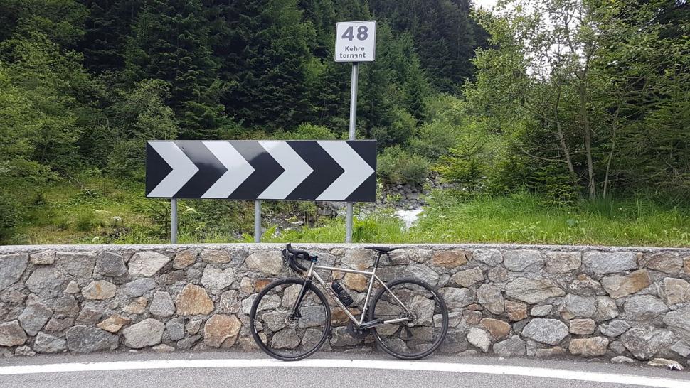 Stelvio - Turn 48 closer.jpg