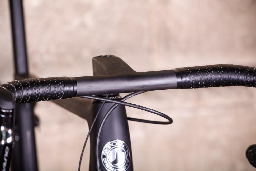 Storck Aer 2 Platinum Edition G1 - bars 2.jpg