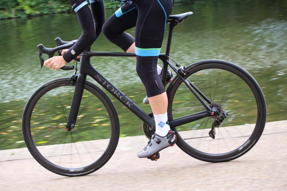 Storck Aernario 2 Platinum Edition G1 - riding 4.jpg