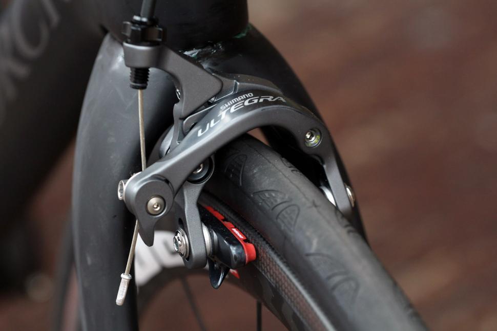 Storck Fascenario-3 Platinum G1 - front brake.jpg