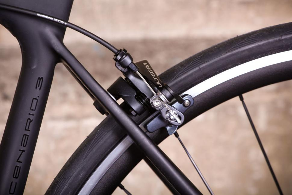 Storck Fascenario 3 - rear brake.jpg