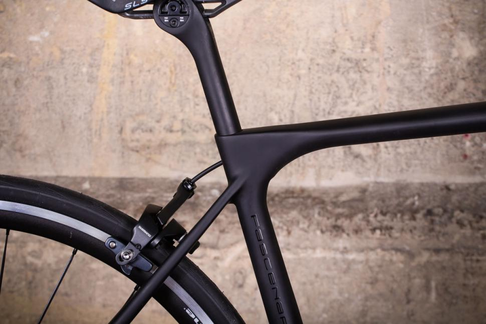 Storck Fascenario 3 - seat tube junction.jpg
