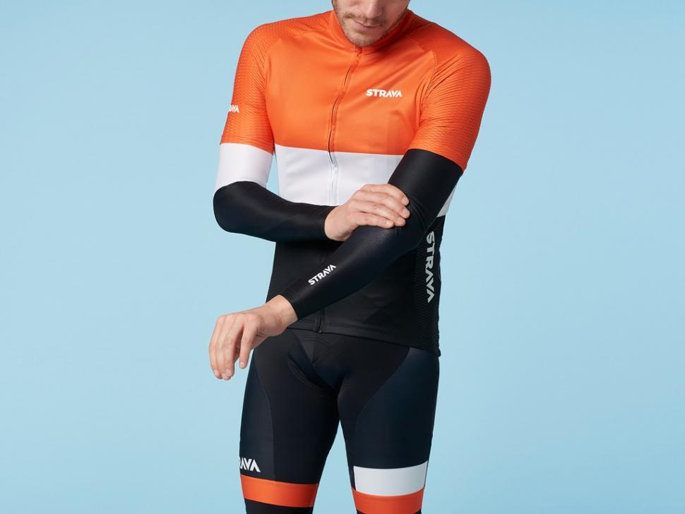 Strava kit - 2.jpg. Strava has unveiled new and redesigned cycling kits for both  men and women that are available ... feddedae8