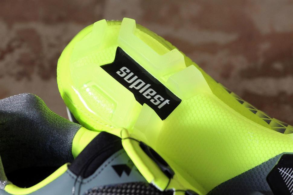 Suplest Crosscountry-Edge 3-Pro - sole heel.jpg