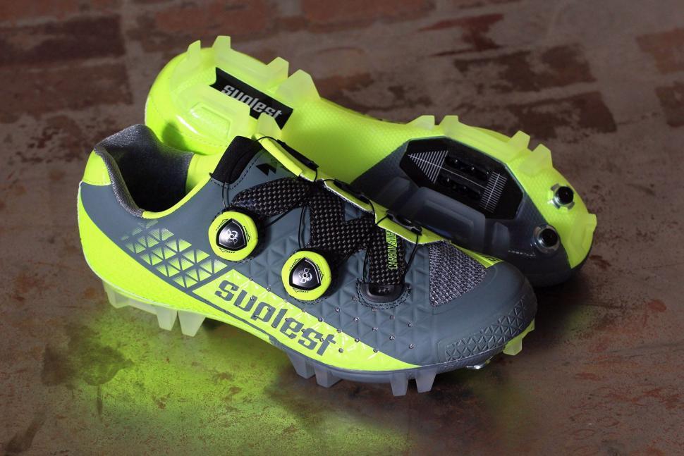bd44edf683e Review  Suplest Crosscountry Edge 3 Pro shoes
