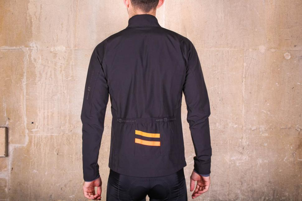 sweet_protection_crossfire_jacket_-_back.jpg