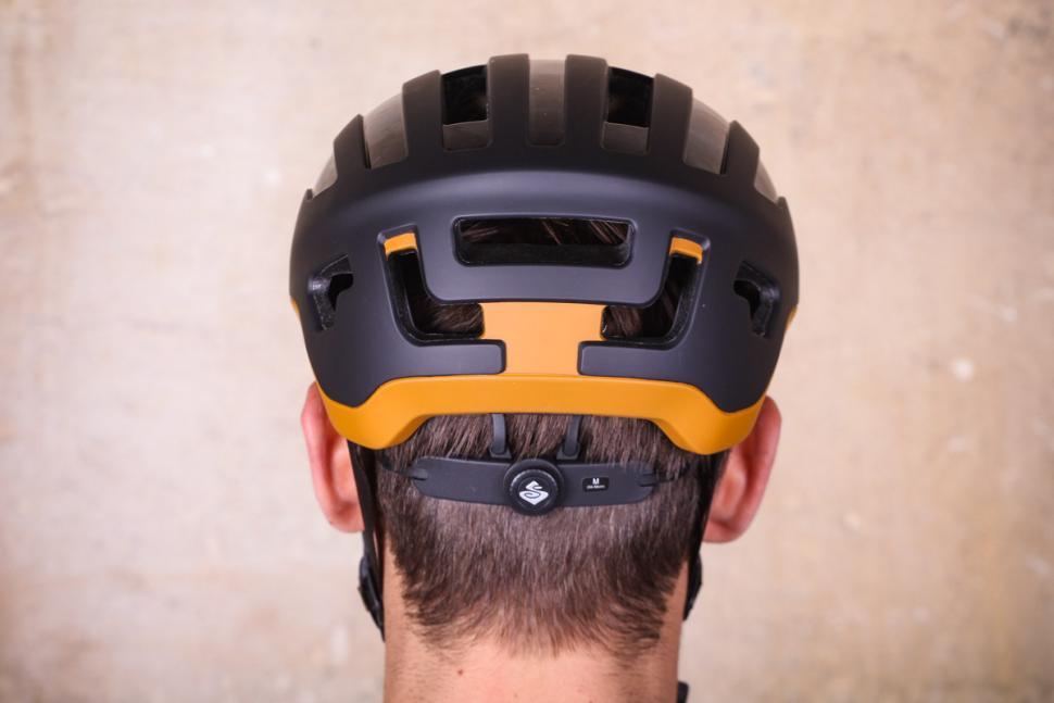 sweet_protection_outrider_helmet_-_back.jpg