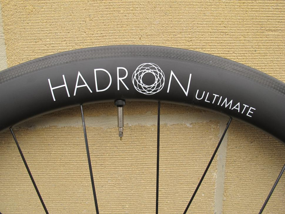 Swiss Side Hadron Ultimate 485 - rim 3.JPG
