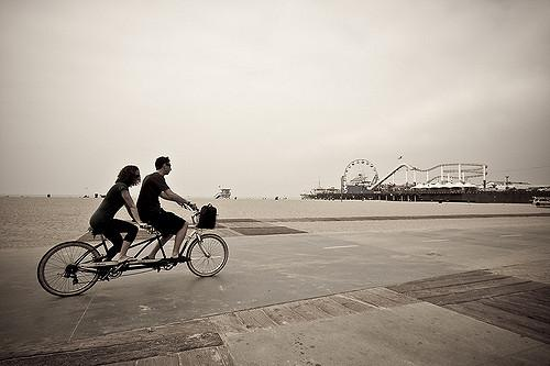 Tandem (licensed CC BY 2.0 on Flickr by bobbyh_80)