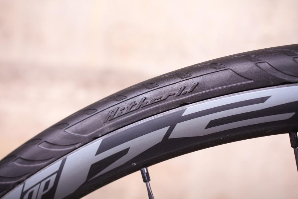 Tannus Aither 1.1 solid tyres - product name.jpg