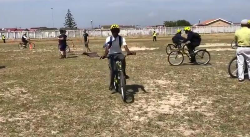 Team Dimension Data bike distribution (via Twitter video)