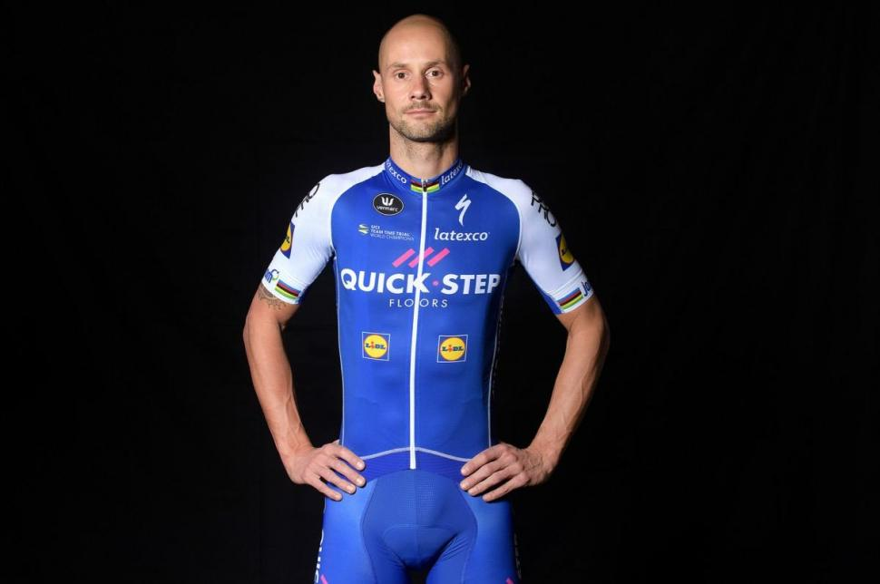 Team Quick - Step Floors 2017 (1).jpg