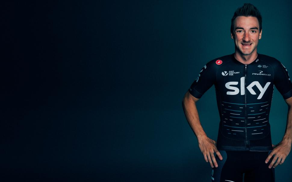Team Sky 2017 kit 01 Viviani.jpg