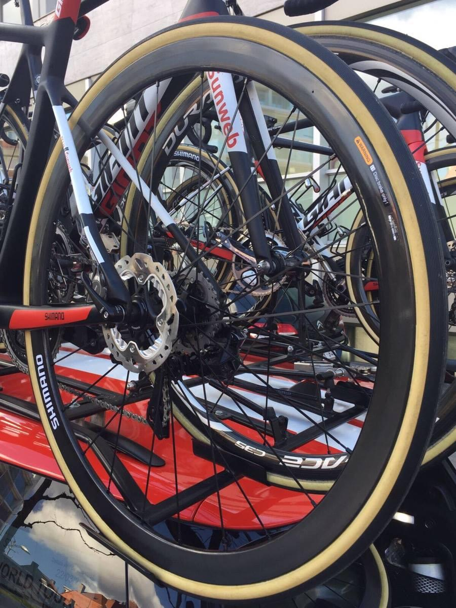 team sunweb giant defy disc brakes 4.jpg