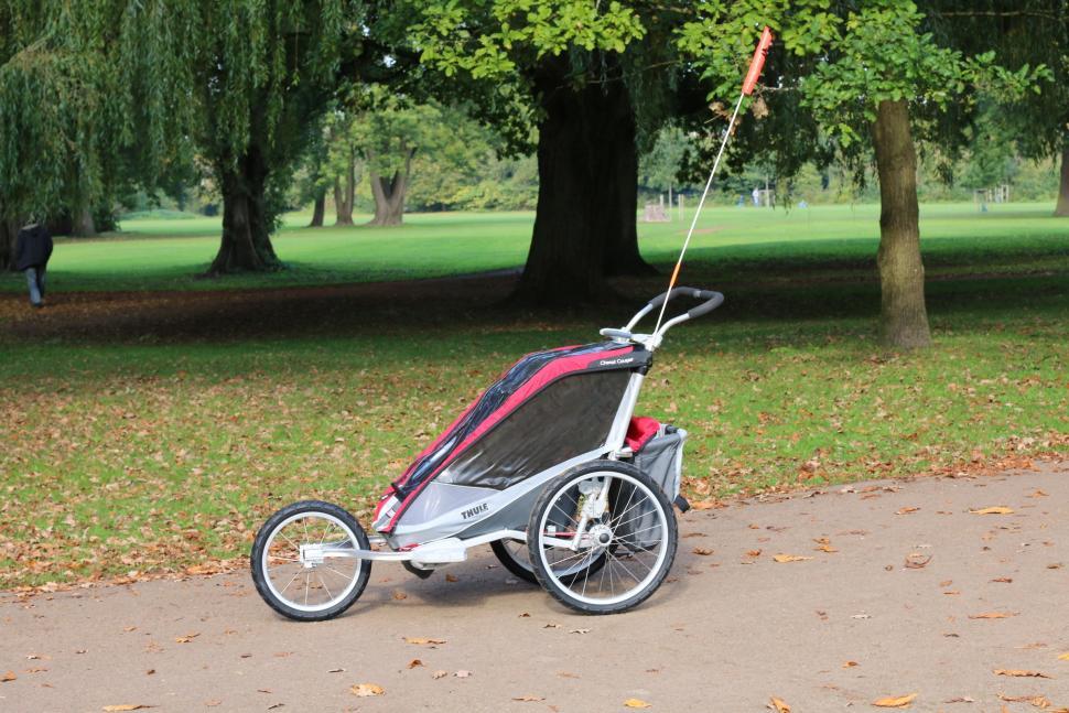 Thule Chariot Cougar 1 15.JPG