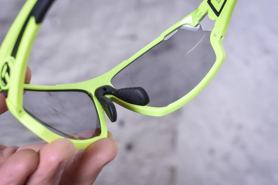 Tifosi Amoc Race glasses-4.jpg