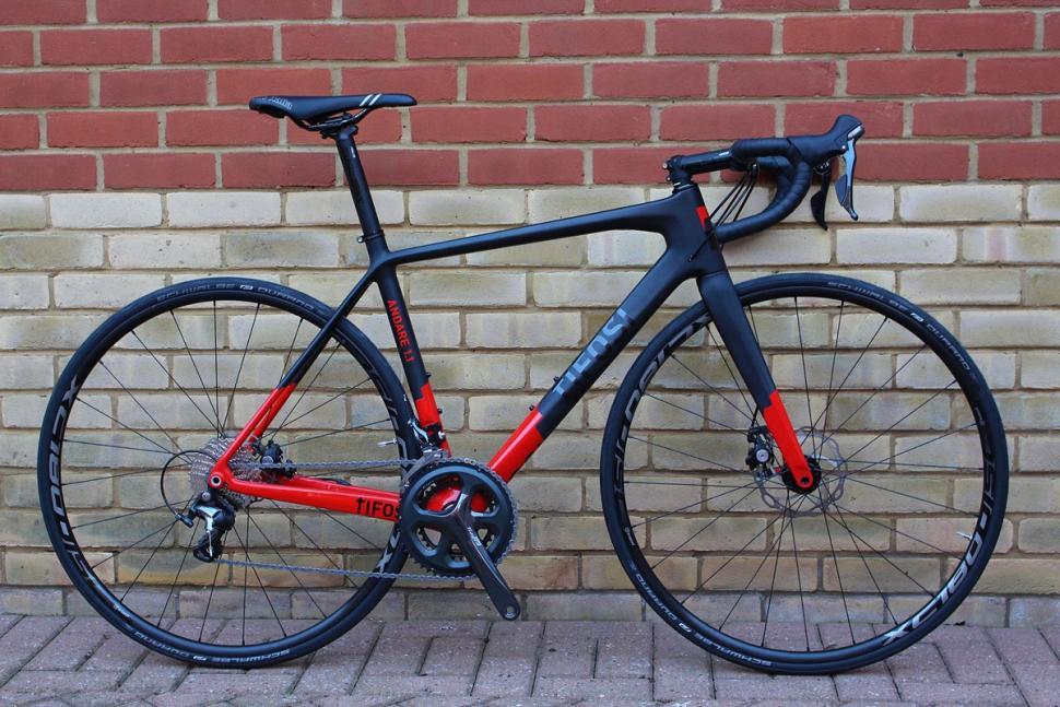 Tifosi Andare 1.1 - full bike (1).jpg