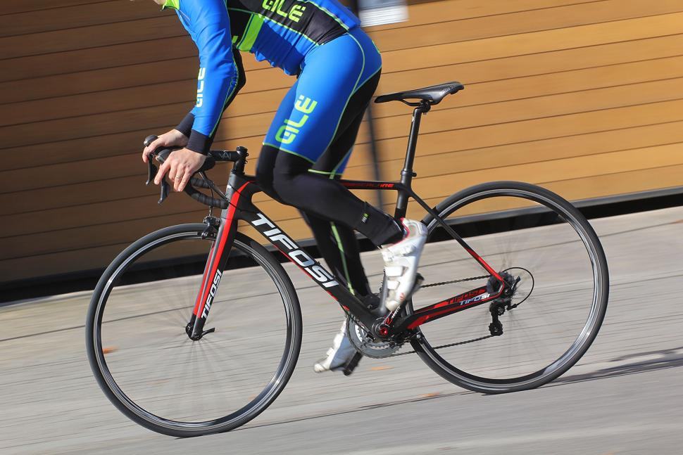 Tifosi Scalare - riding 1.jpg