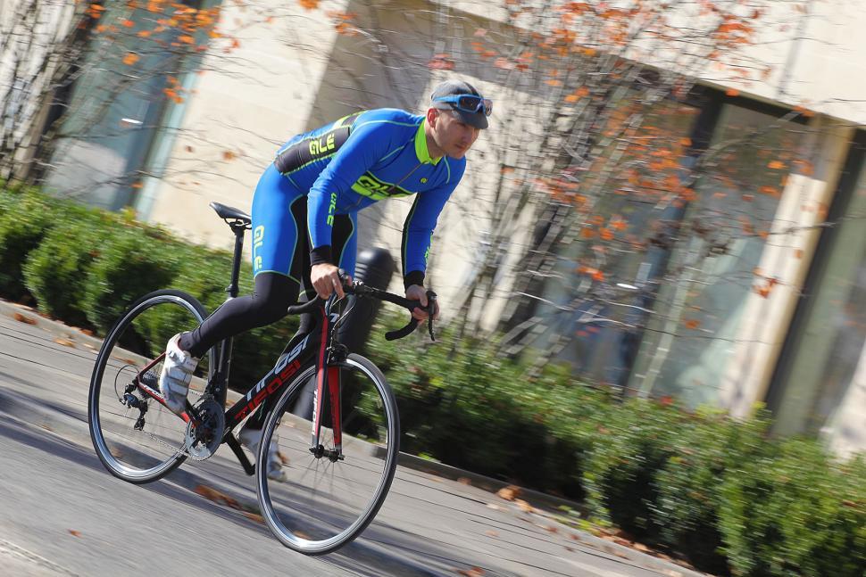 Tifosi Scalare - riding 3.jpg