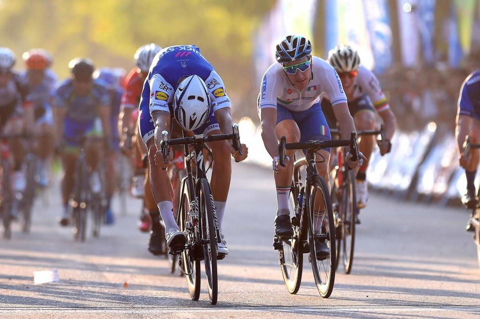 tom boonen wins disc brakes.jpg
