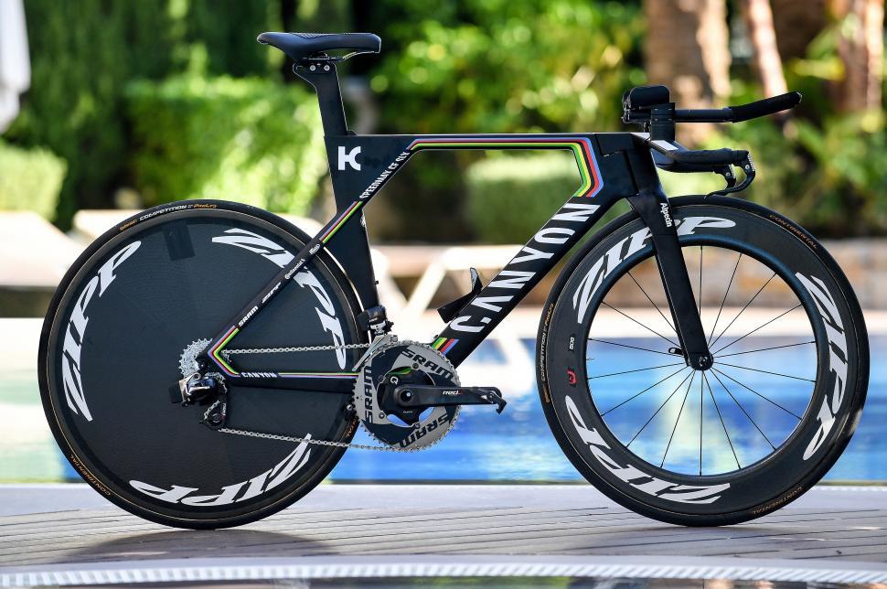 0b1f010e6b9 WorldTour 2017 Bikes: Tony Martin's new Canyon Speedmax CF SLX time trial  bike + video