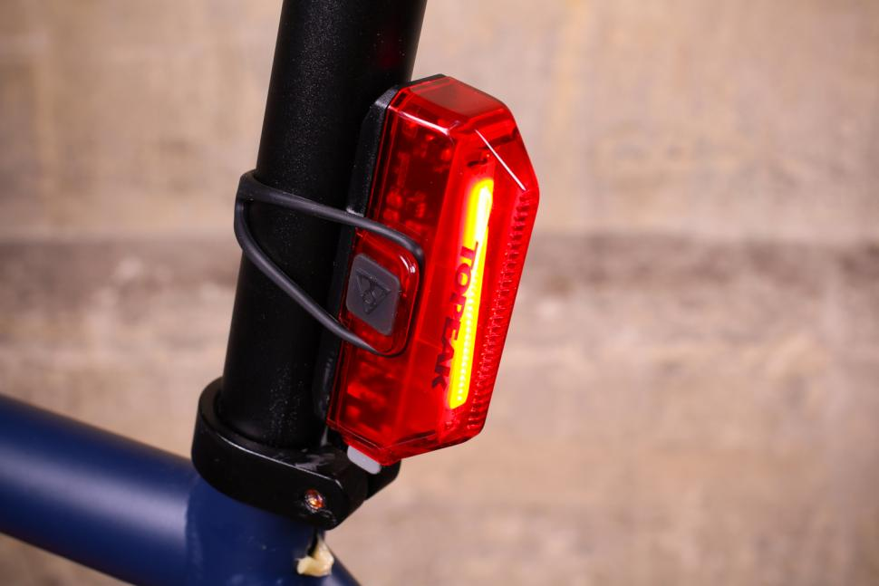 Topeak Aero Combo - rear light.jpg