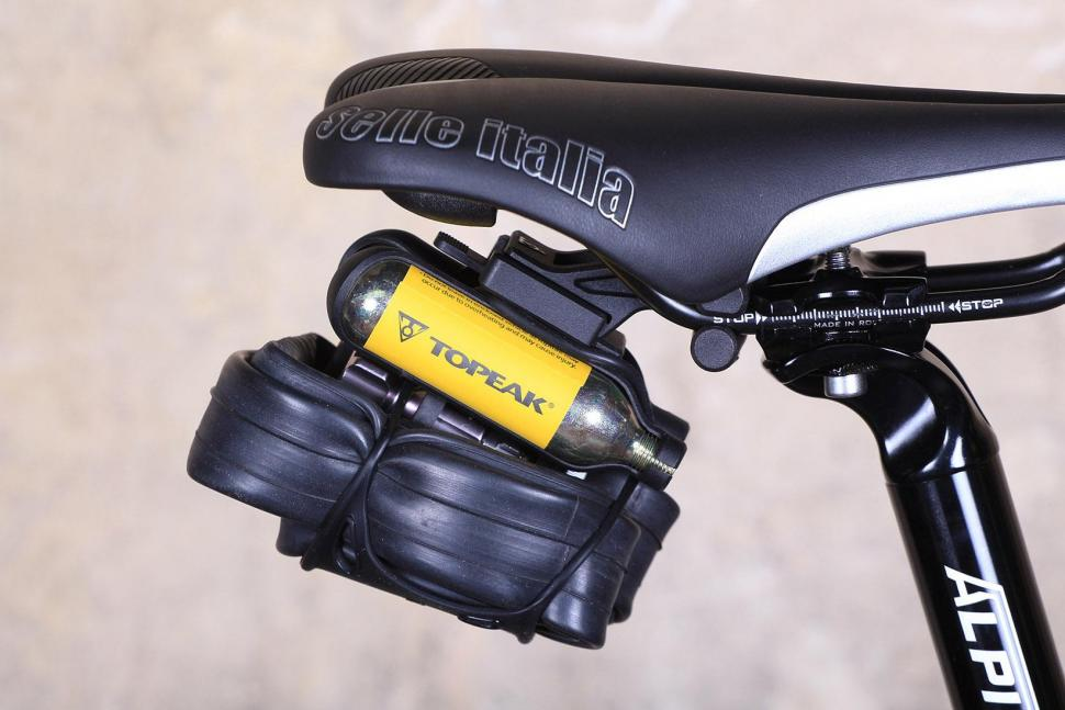 Review: Topeak Airbooster Extreme | road cc