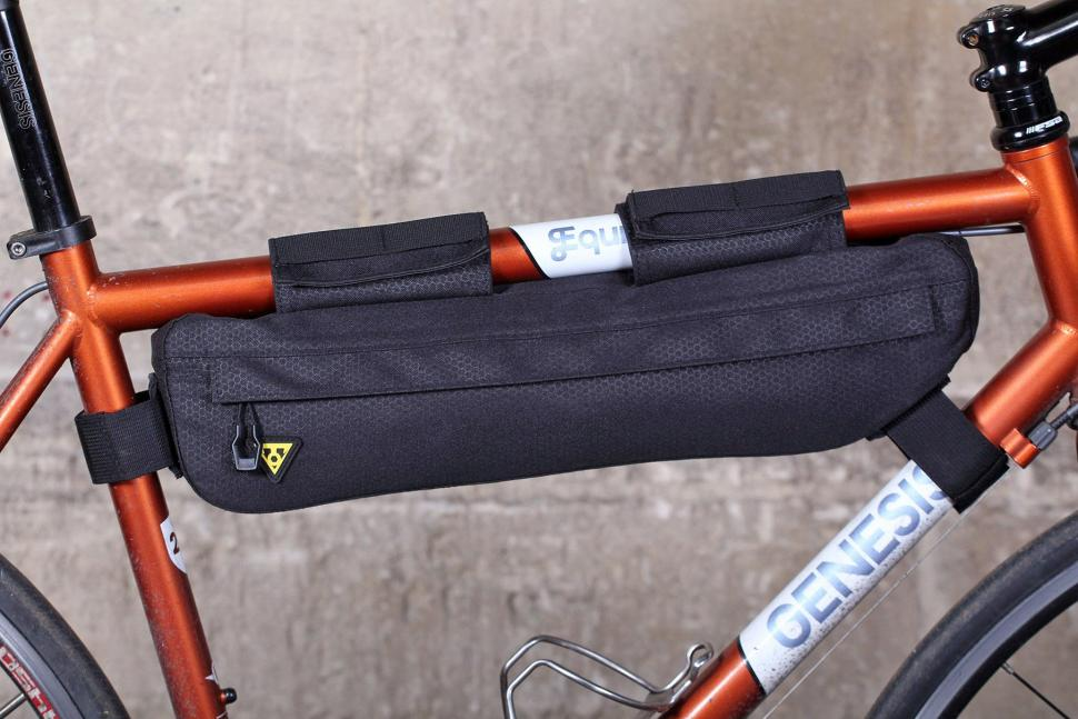 review: topeak midloader frame bag | road.cc