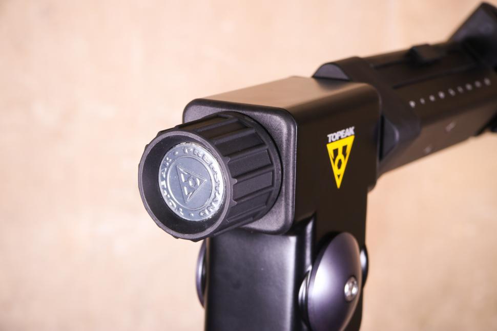 Topeak Prepstand Elite - clamp head angle adjuster.jpg