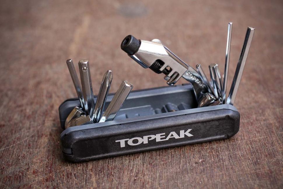 Topeak Hexus X 21-Function Bicycle Multi-Tool w// Chain Tool /& Torx /& Tire Levers