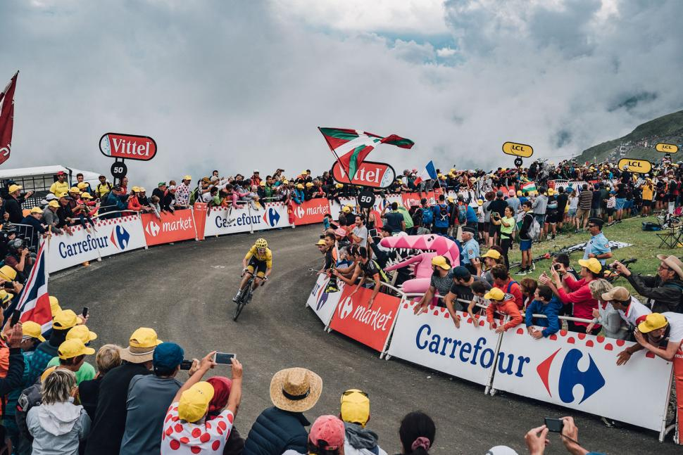 The Tour According To G by Geraint Thomas - image by Russ Ellis 2.jpg