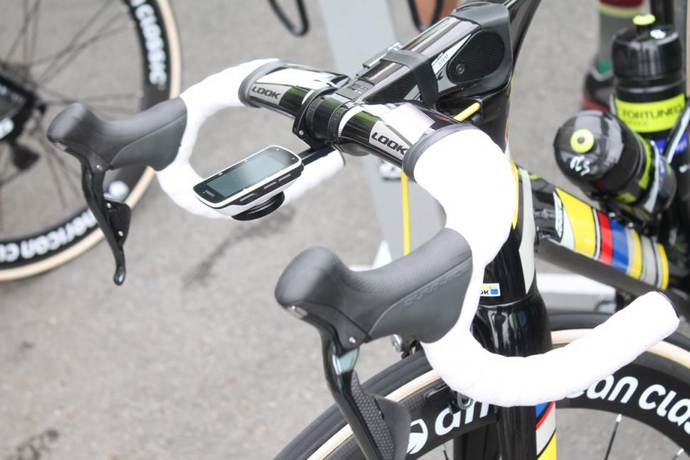 Tour Tech 2016: Pro's handlebars | road cc