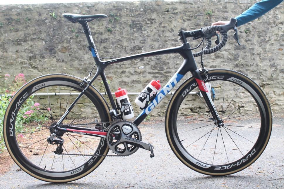 Tour de France 2016 Laurens ten Dam's Giant - 1.jpg