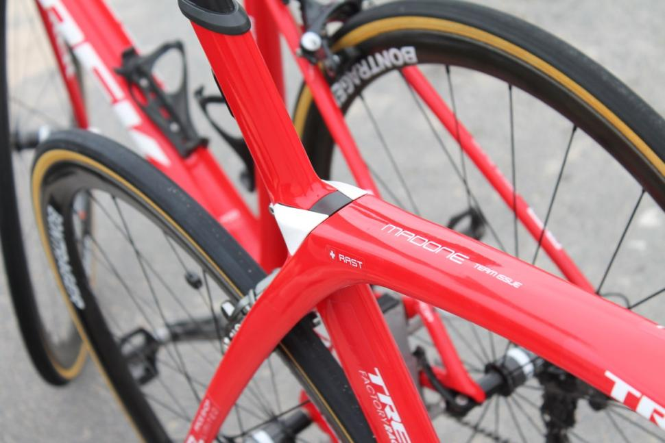 Tour de France 2016 Madone IsoSpeed Decoupler - 1.jpg