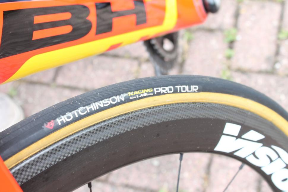 Tour de France 2017 Tommy Voeckler BH G7 Pro - 12.jpg