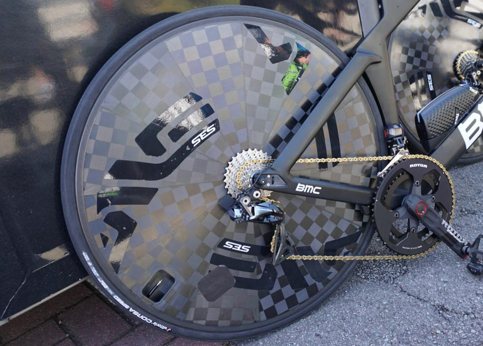 Tour de France 2019 BMC Enve disc rear wheel - 1.jpg