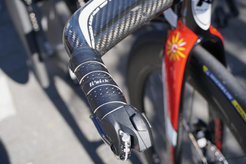 Tour de France 2019 Cofidis TT grip - 1.jpg