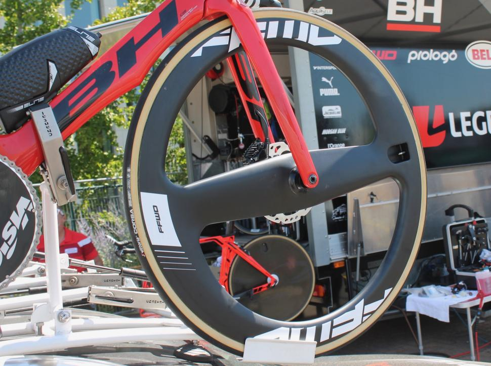 Tour de France 2019 FFwd 2 spoke wheel - 1