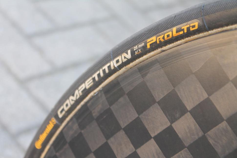 Tour de France 2019 Geraint Thomas Pinarello Bolide - 5.jpg