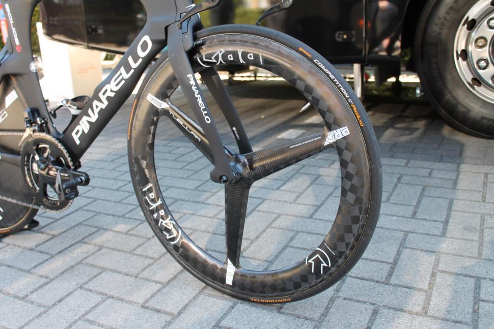 Tour de France 2019 Geraint Thomas Pinarello Bolide TT - 11.jpg