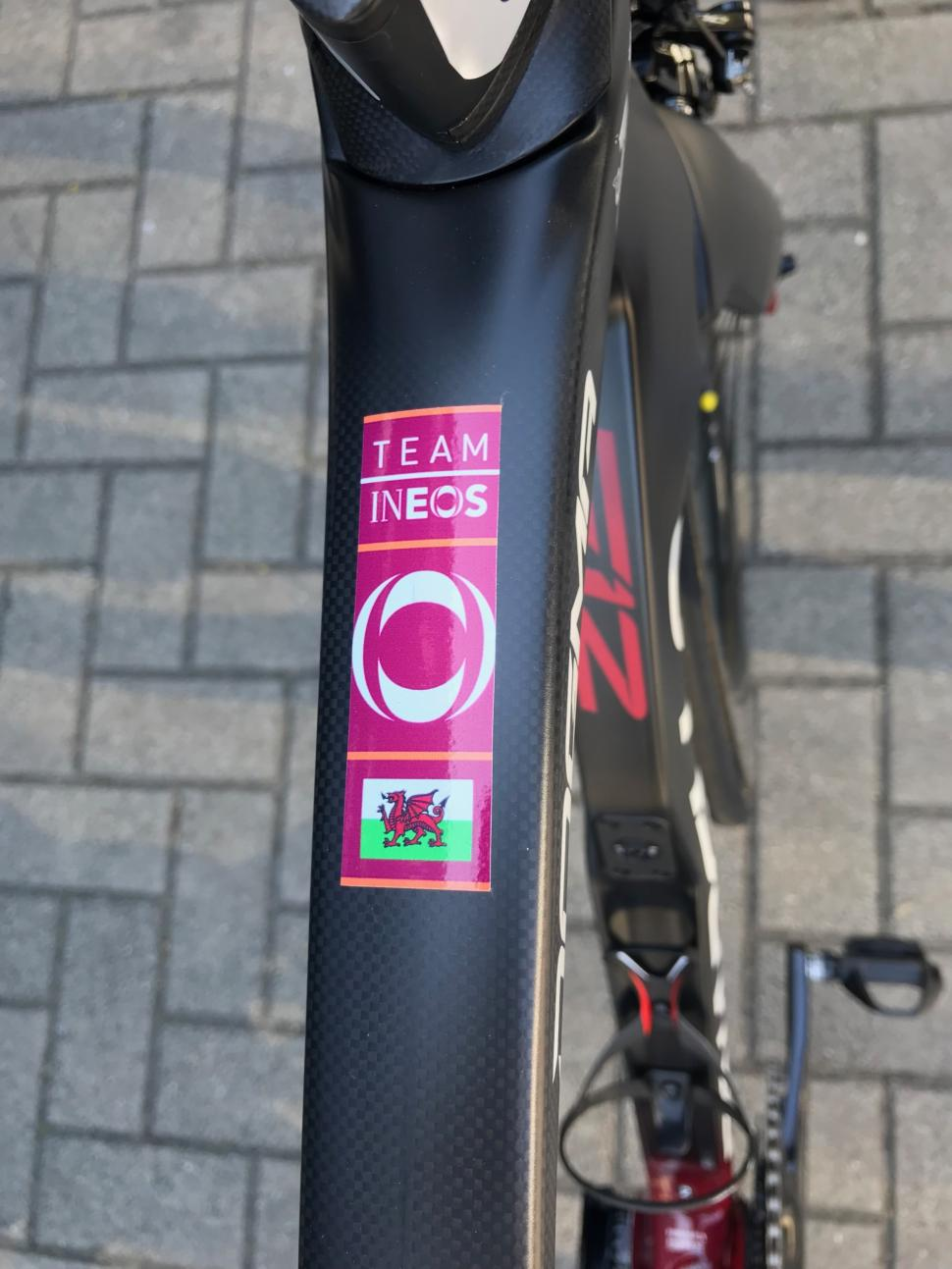 Tour de France 2019 Geraint Thomas Pinarello Dogma F12 - 1 (1).jpg