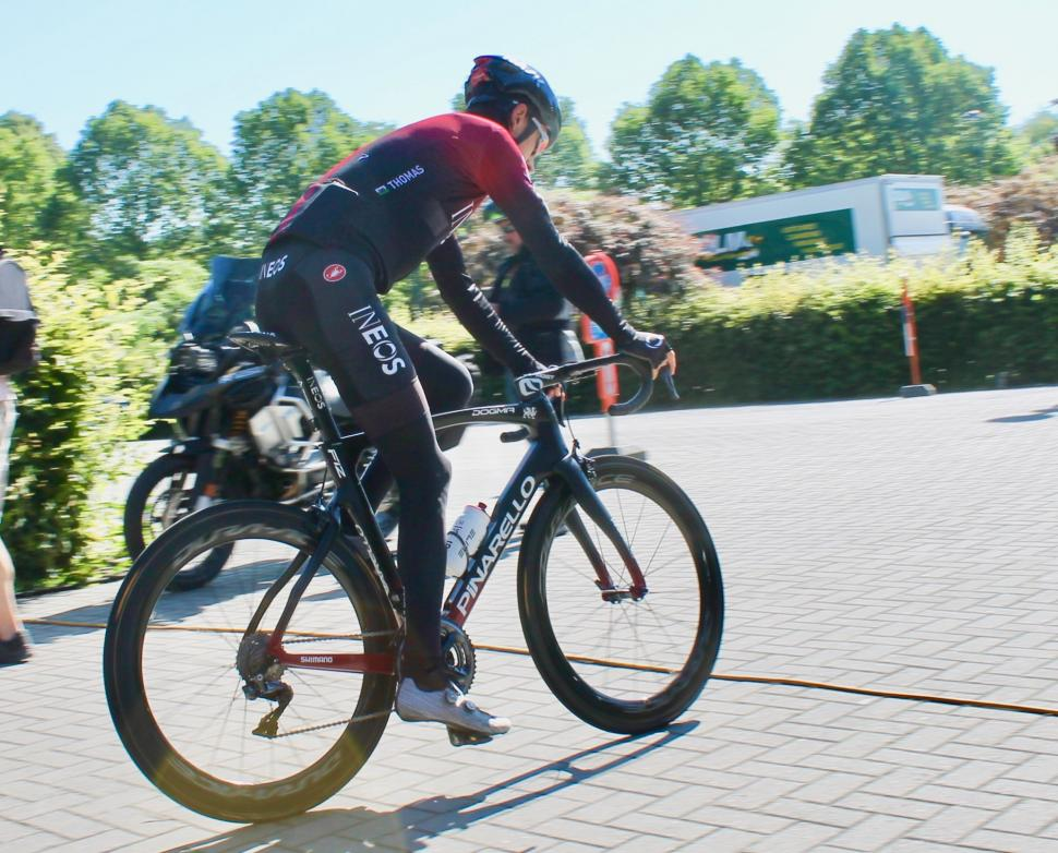 Tour de France 2019 Geraint Thomas Pinarello Dogma F12 - 1 (3)