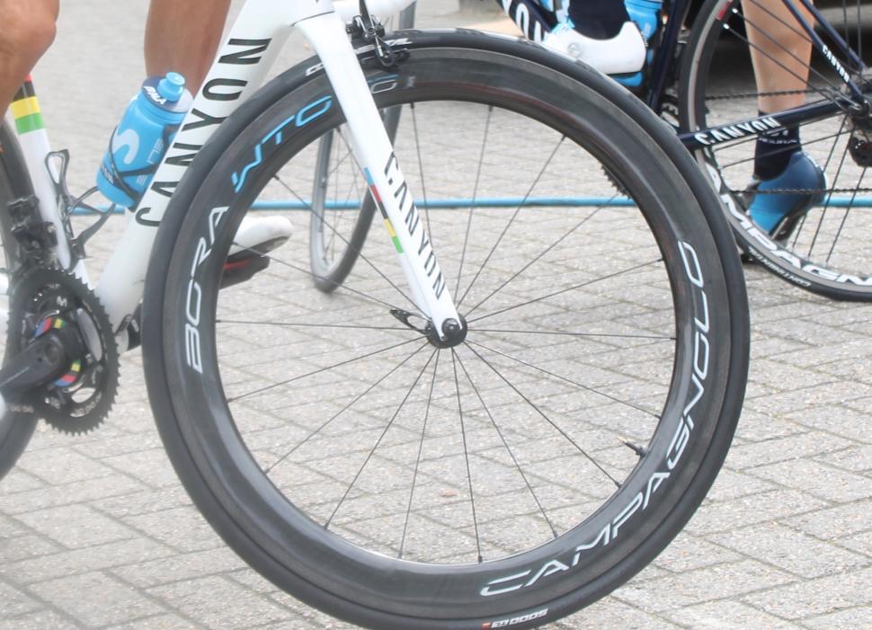 Tour de France 2019 Movistar Campag Bora WTO 40 - 1.jpg
