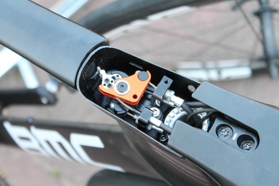 Tour de France 2019 Roman Kreuziger BMC TT bike - 3.jpg
