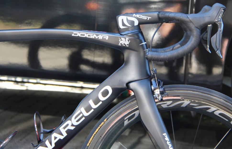 Tour de France 2019 Team Ineos Pinarello Dogma F12 - 1