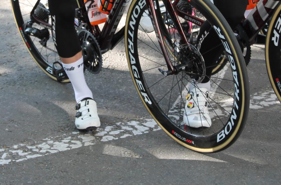 Tour de France 2019 Trek Bontrager XXX shoes - 1 (1)